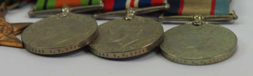 Australia: Great medalbar with 5 decorations. - photo 2