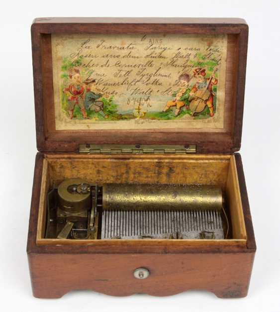 small cylindrical music box, circa 1890 - photo 1