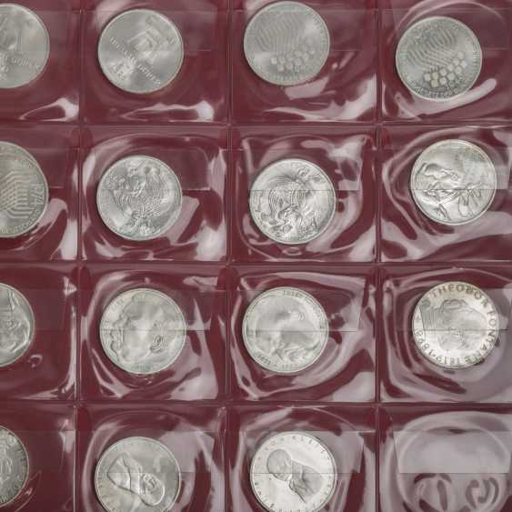 Coin album with commemorative coins Germany - photo 2