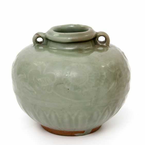 Jar with celadon glaze. Yuan dynasty (1279-1368) - photo 1