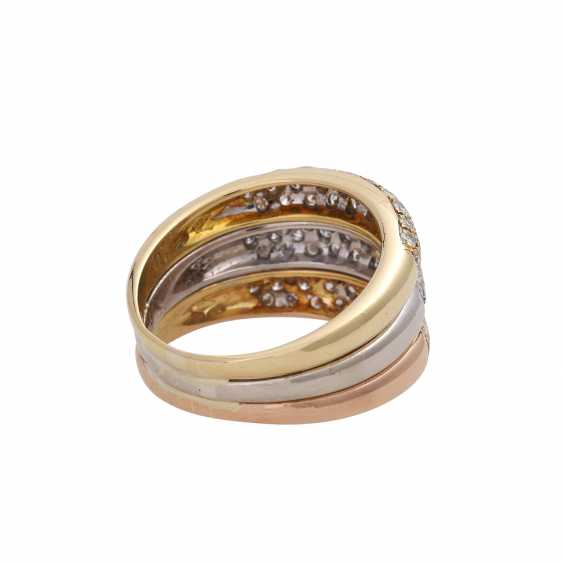 Ring, tricolor, bes.with 93 diamonds, together approx. of 1.4 ct, - photo 3