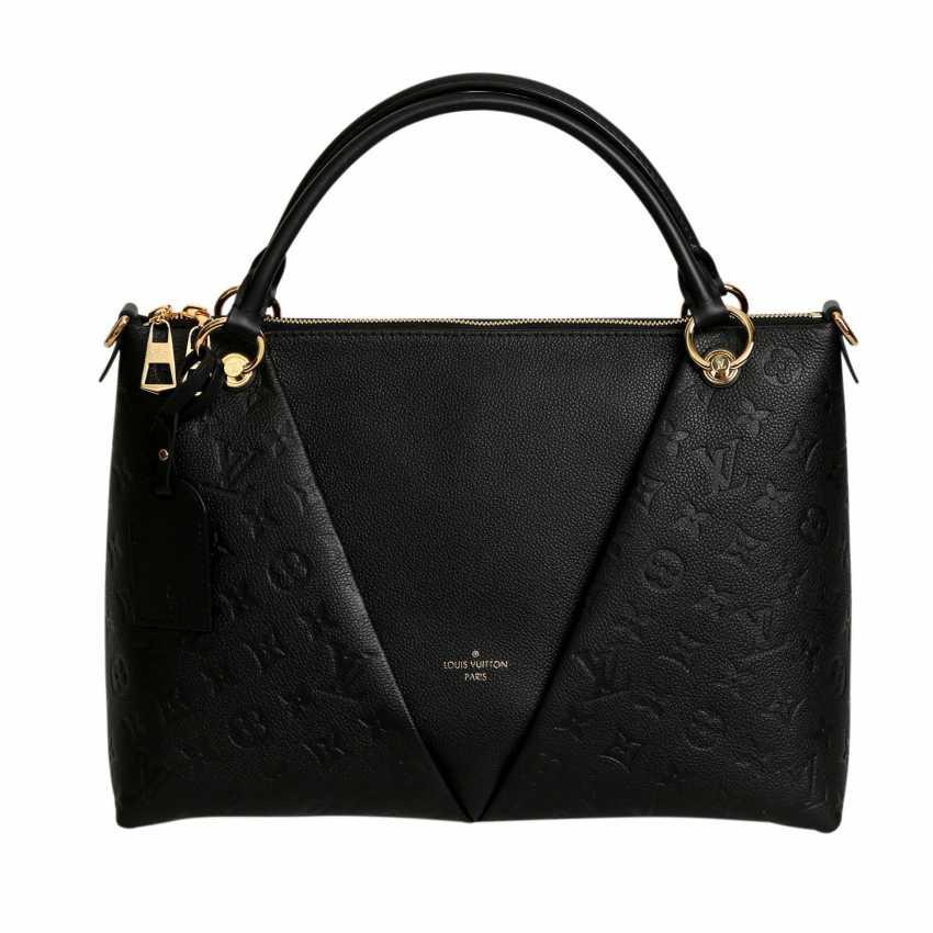 fdcb13c380 Lot 4. LOUIS VUITTON handbag