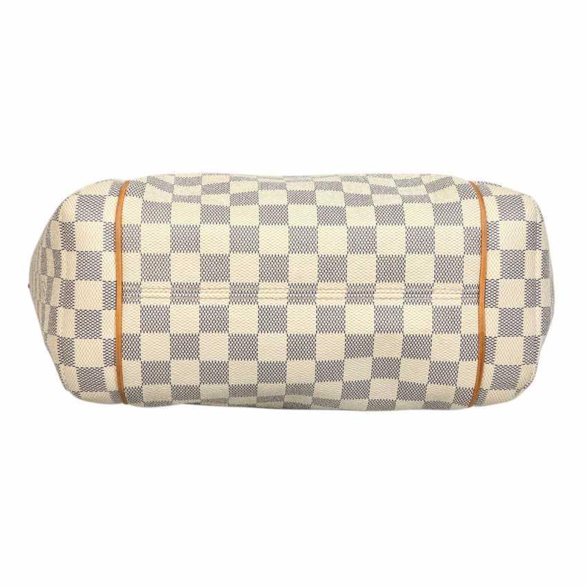 d1b9b5754bea2 Los 6. LOUIS VUITTON Handtasche
