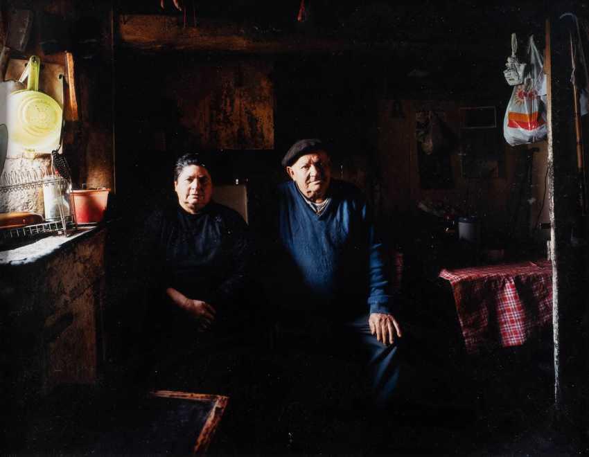 BERT TEUNISSEN 1959 Ruurlo (Netherlands). OHNE TITEL (AUS DER SERIE THE DOMESTIC LANDSCAPES) - photo 1