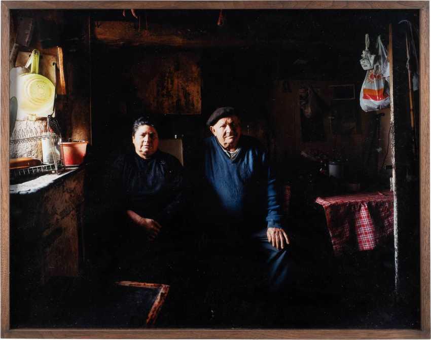 BERT TEUNISSEN 1959 Ruurlo (Netherlands). OHNE TITEL (AUS DER SERIE THE DOMESTIC LANDSCAPES) - photo 2