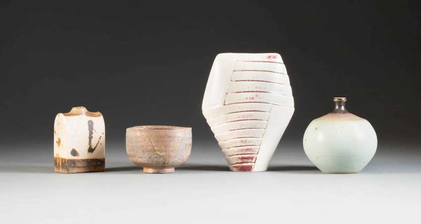 FOUR OF THE ARTIST'S CERAMICS. Germany, 2. Half of the 20th century. Century, Gerburg Charterhouses, as well as Wilhelm and Elly Kuch, among other things - photo 1