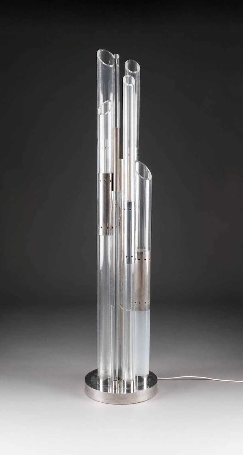 DESIGN FLOOR LAMP. Execution in the 1970s - photo 1