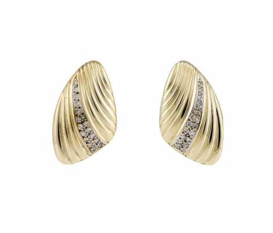 PAIR OF CLIP EARRINGS WITH DIAMONDS - photo 1
