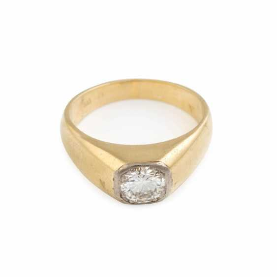 RING WITH BRILLIANT-SOLITAIRE - photo 1