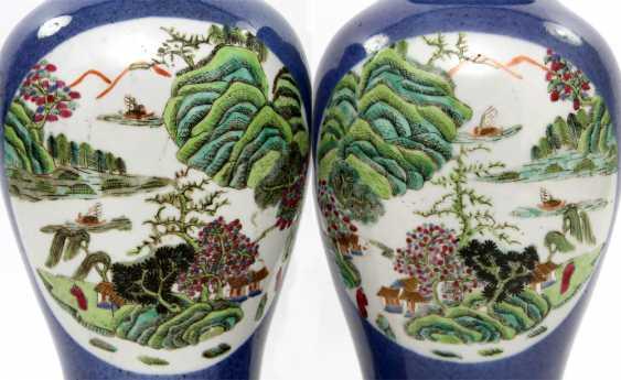 Few Vasen mit famille verte ' -Dekor. CHINA, Kangxi-Period (1662-1722) - photo 3