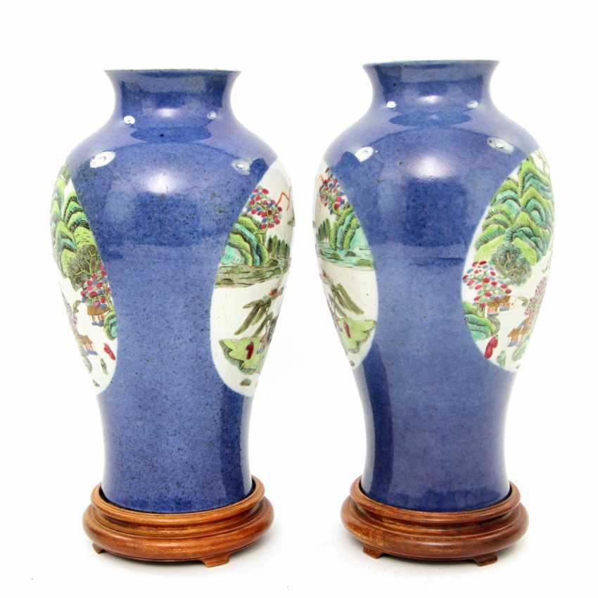 Few Vasen mit famille verte ' -Dekor. CHINA, Kangxi-Period (1662-1722) - photo 2