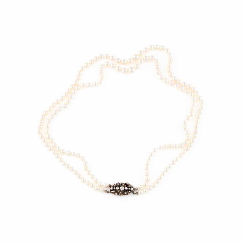 PEARL NECKLACE WITH DIAMOND CLASP - photo 1