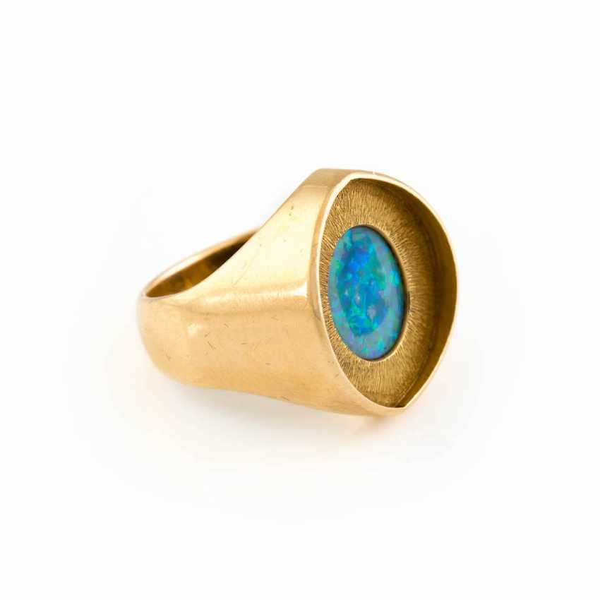 GOLDSMITHS-RING WITH OPAL - photo 2