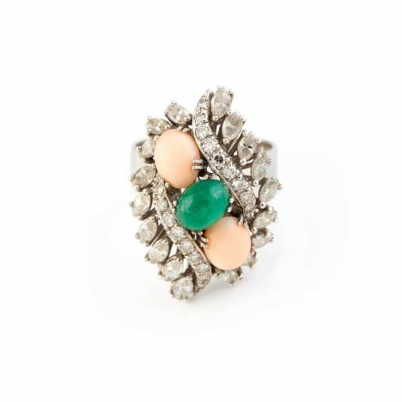 RING WITH PRECIOUS STONES AND CORAL - photo 1