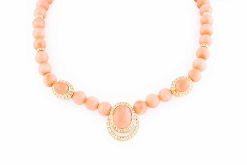 CORAL NECKLACE WITH DIAMONDS - photo 1