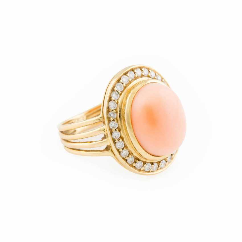 DIAMOND RING WITH ANGEL SKIN CORAL - photo 2