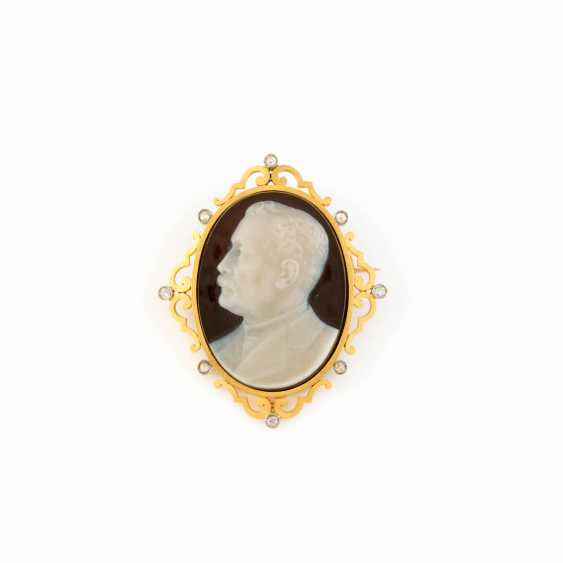 CAMEO-BRROSCHE WITH DIAMONDS - photo 1