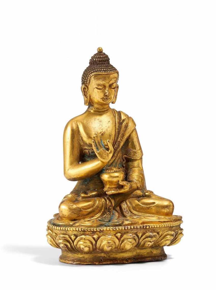 Seated Buddha Shakyamuni - photo 1