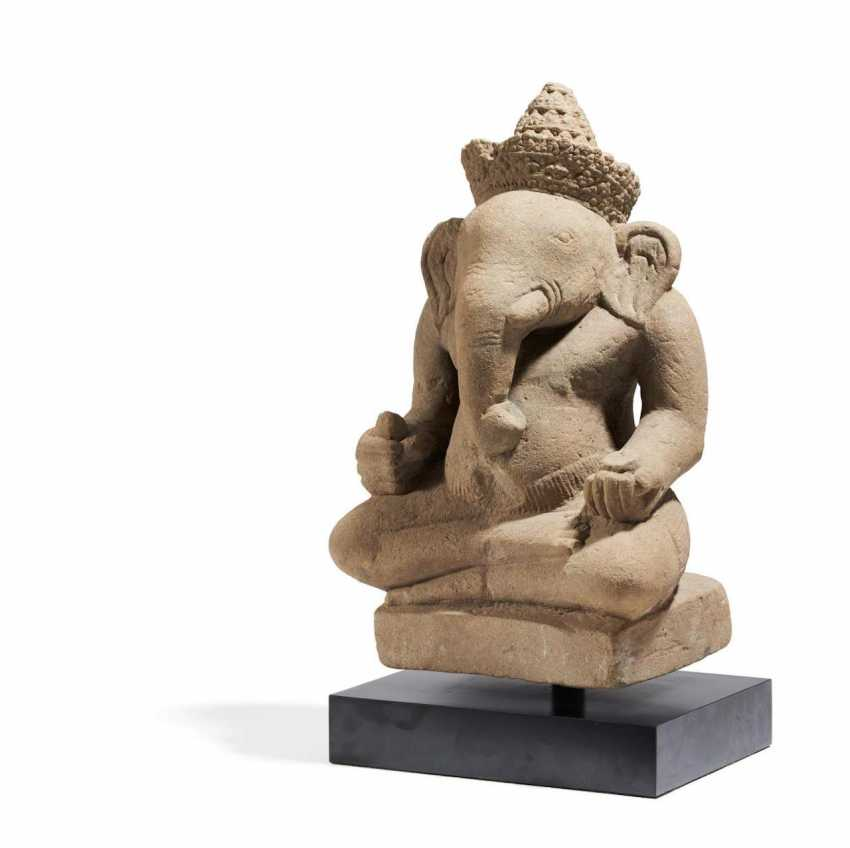 Sitting Ganesha - photo 1