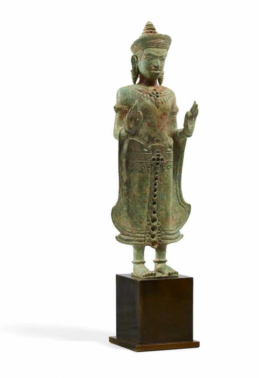 Standing Shakyamuni - photo 1