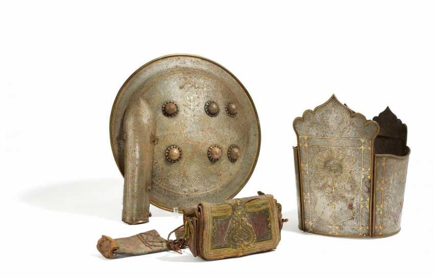 Significant armor with hunting scenes - photo 1