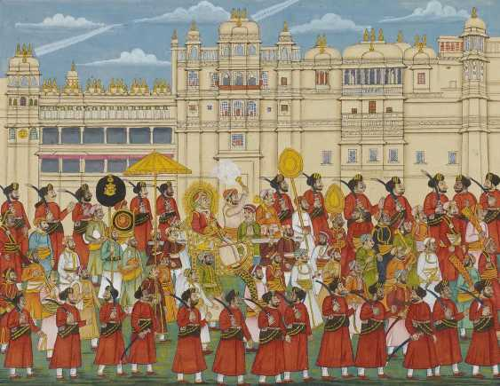 Procession with the Maharana in front of the white Palace of Udaipur - photo 1