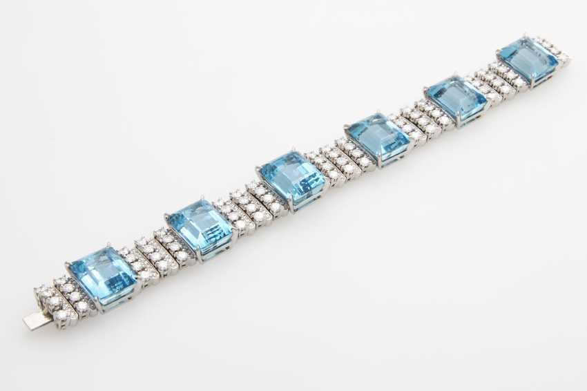 Bracelet with 6 high-fine Aqua marine