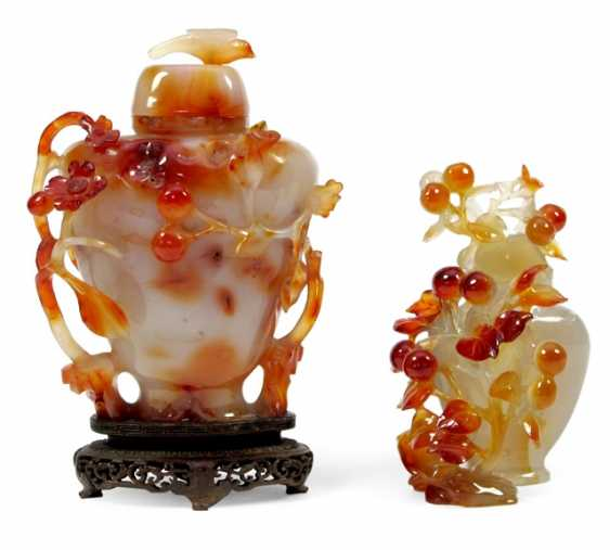 Two floral carved lid vases made of agate - photo 1