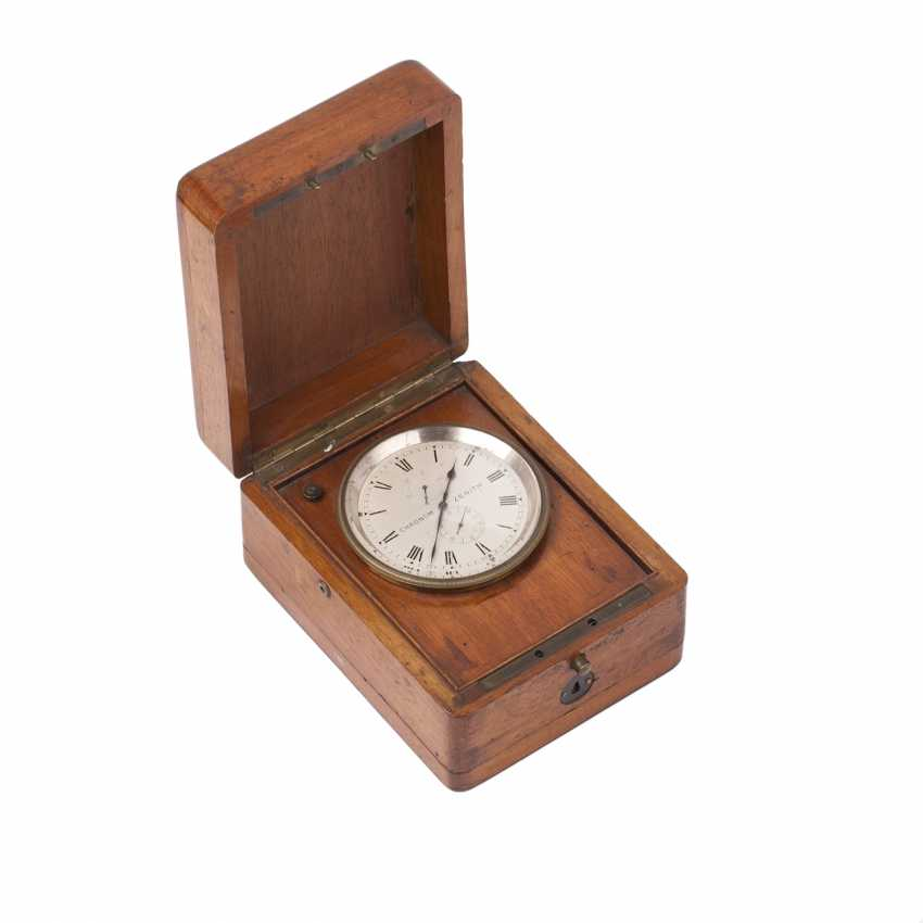 Zenith chronometer in a wooden box - photo 1