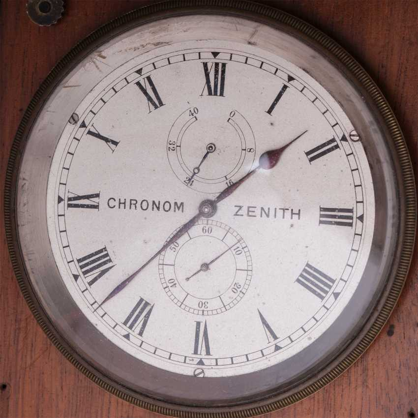 Zenith chronometer in a wooden box - photo 2