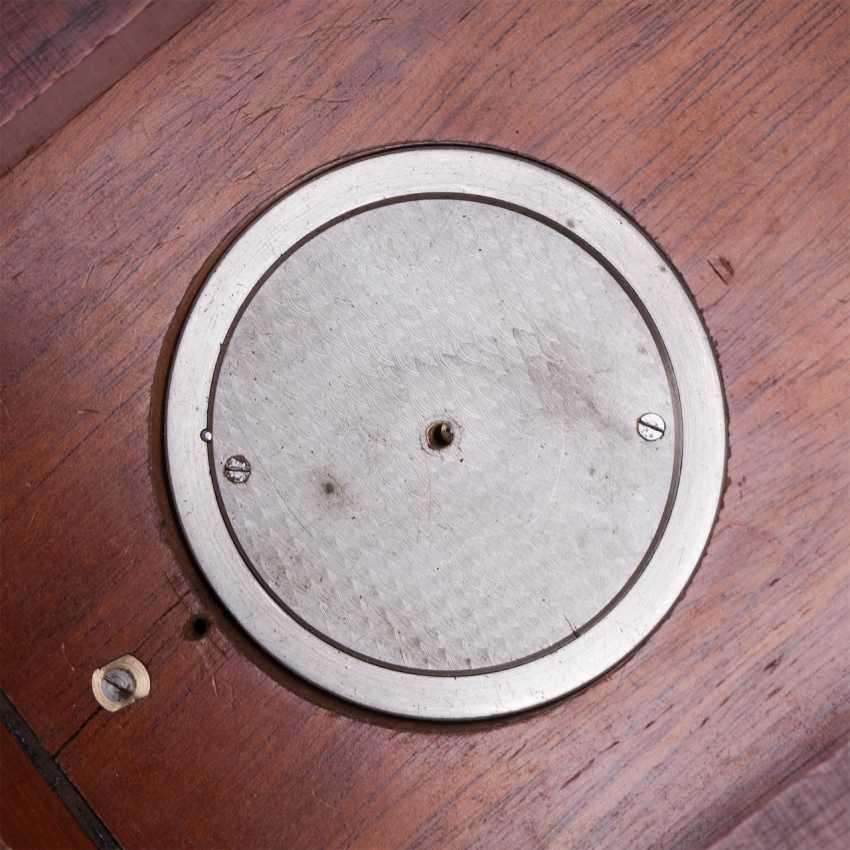 Zenith chronometer in a wooden box - photo 4