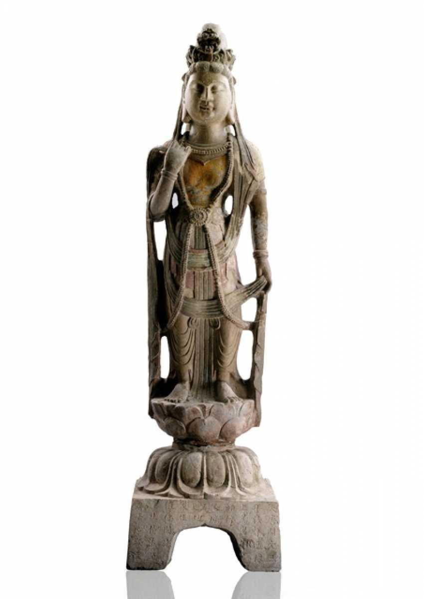 Large stone figure of Guanyin on a Lotus, part polychromic coloring - photo 1