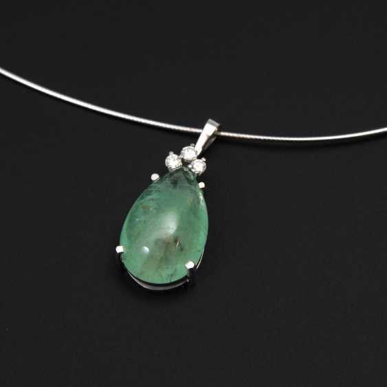 Pendant with emerald and brilliant-cut diamonds to - photo 1