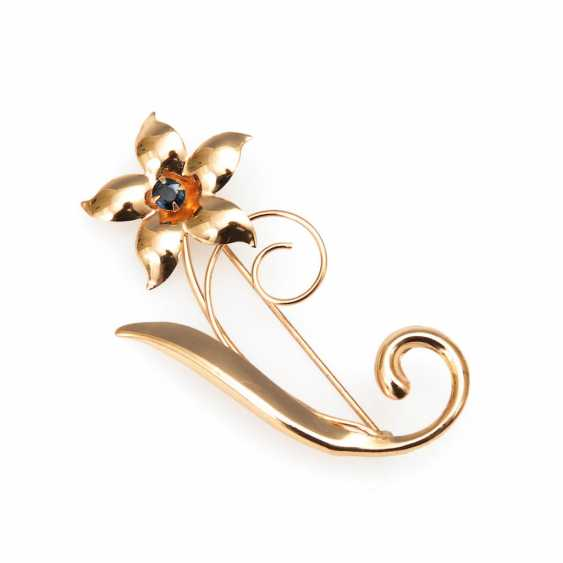 Floral brooch with sapphire. - photo 1