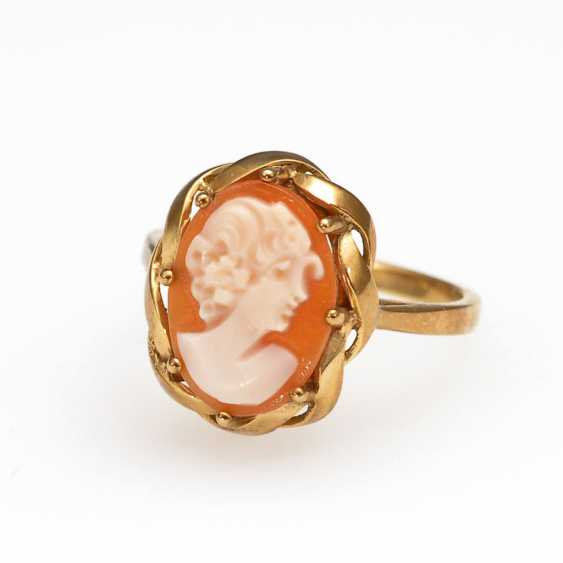 Ring with Muschelkamee. - photo 1