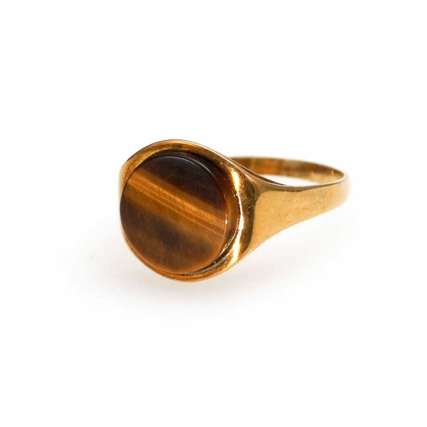 Ring with tiger's eye. - photo 1