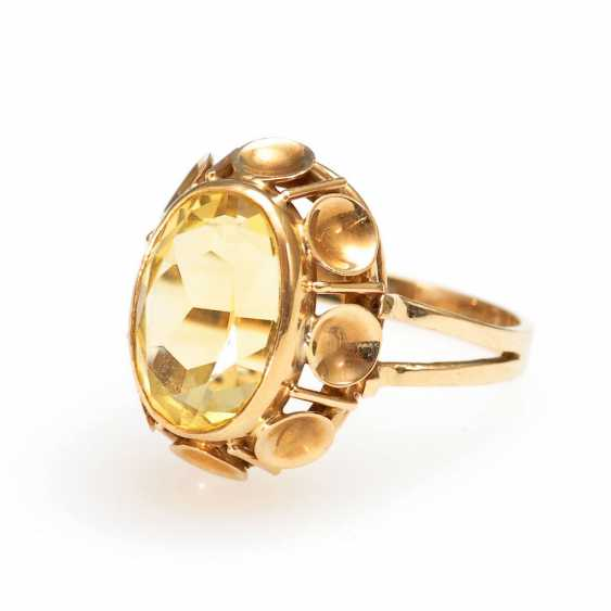 Ring with yellow stone. - photo 1