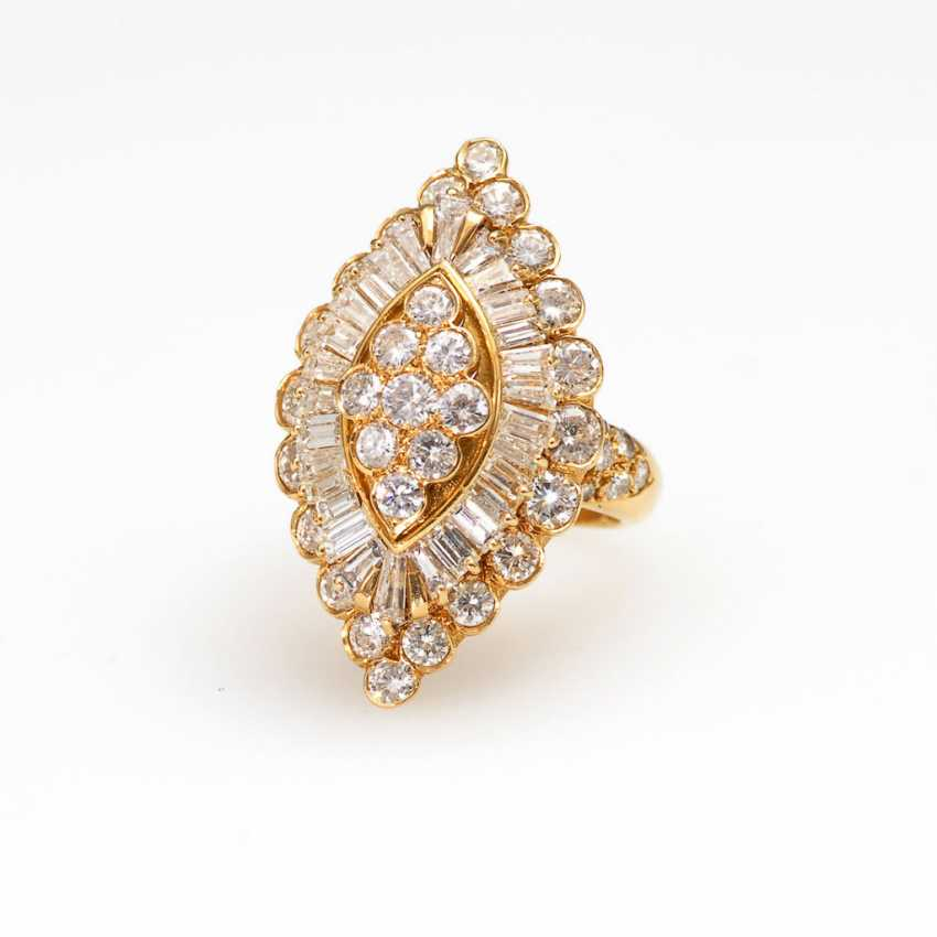 Luxurious Marquise ring with brilliants - photo 1