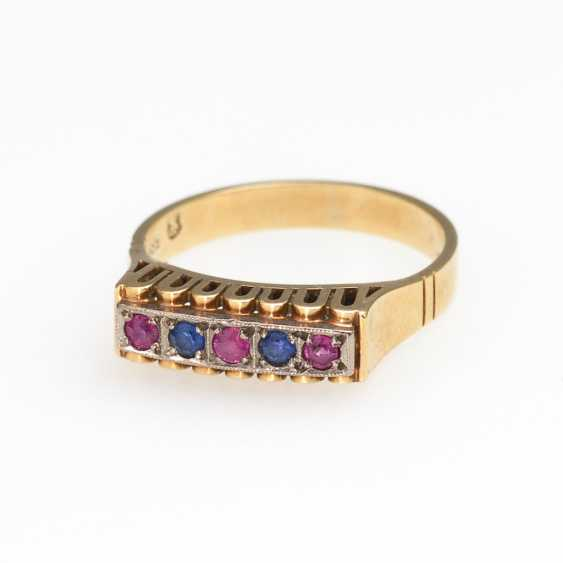 Ring with sapphires and rubies. - photo 1
