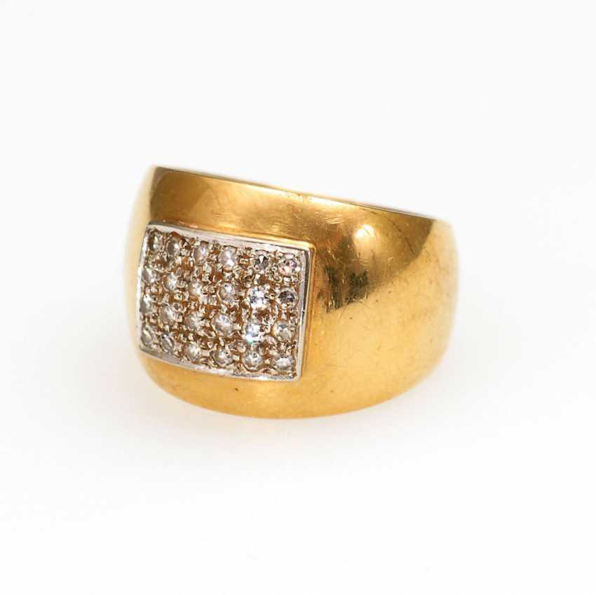 Band ring with diamonds. - photo 1