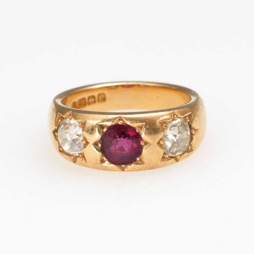 The English band ring with ruby and Altsc - photo 1
