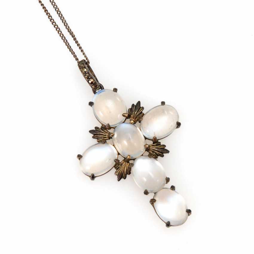 Cross pendant with moonstone chain. - photo 1