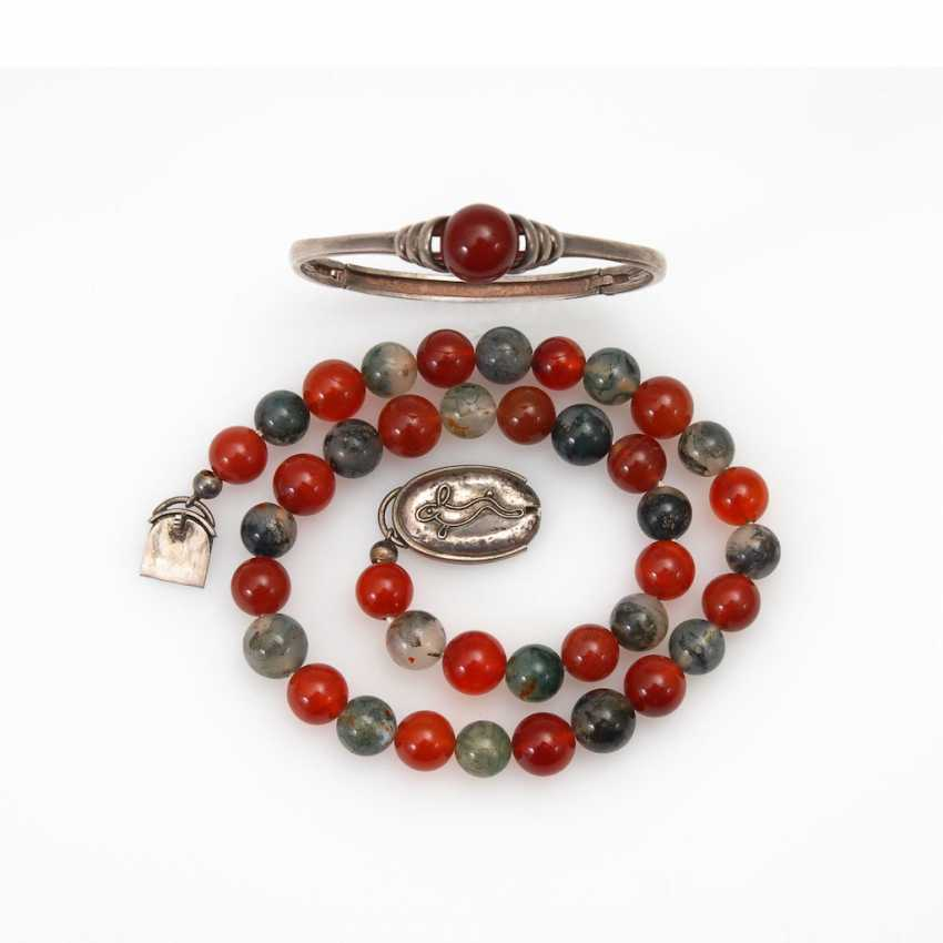Agate/carnelian necklace and bangle to - photo 1