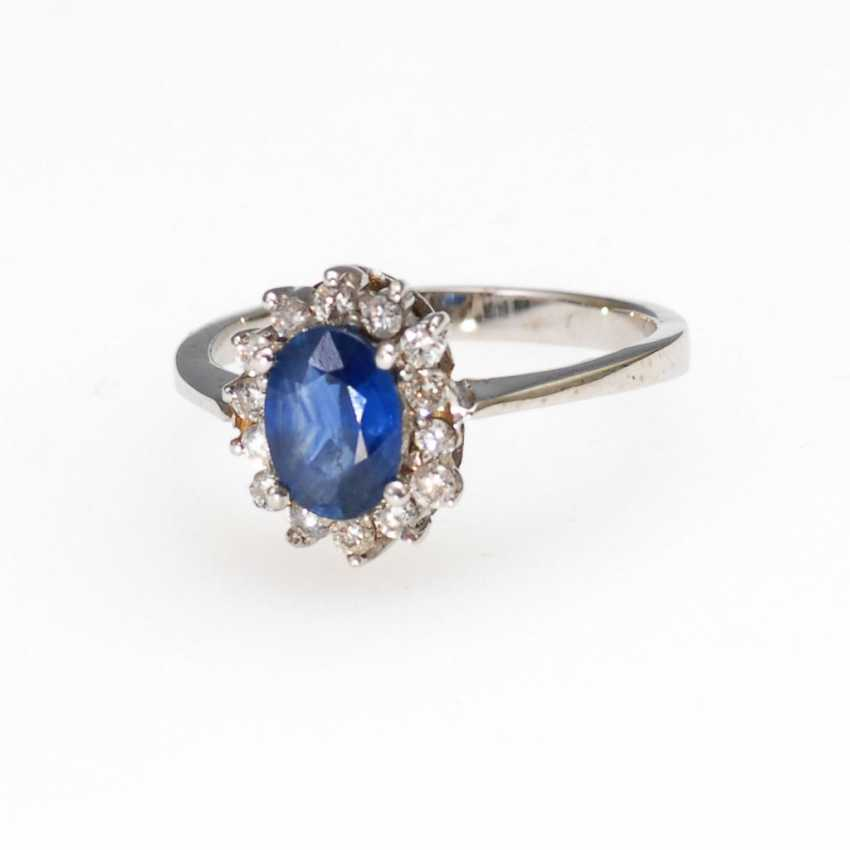 Entourage Ring with sapphire and Brilliant - photo 1