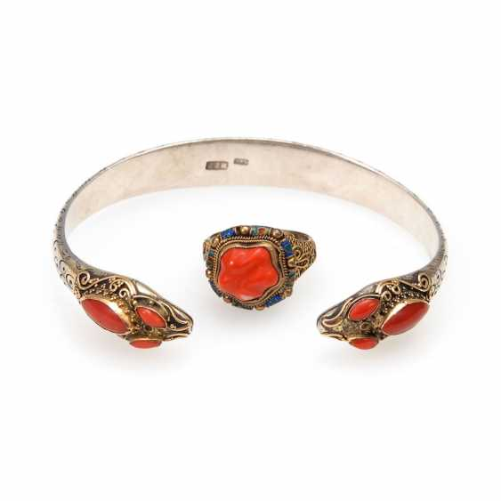Asian bracelet and Ring with coral - photo 1