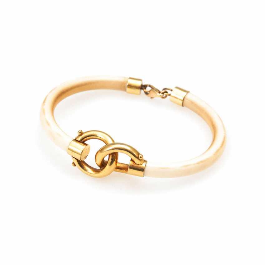 Art Deco ivory cuff bracelet. - photo 1
