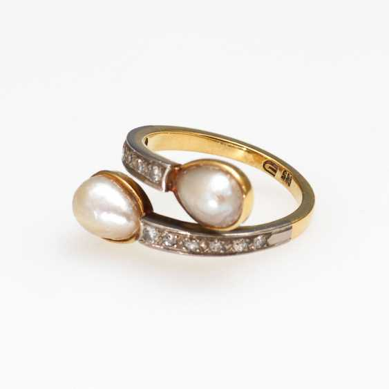Ring with cultured pearls and diamonds. - photo 1