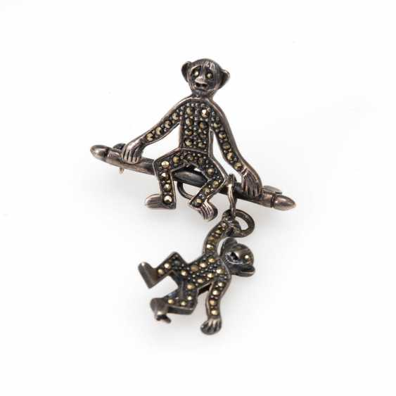 Original monkey brooch with vintage solid. - photo 1