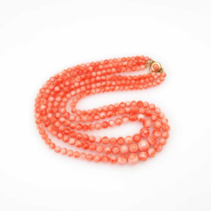 3-row angel skin coral necklace. - photo 1