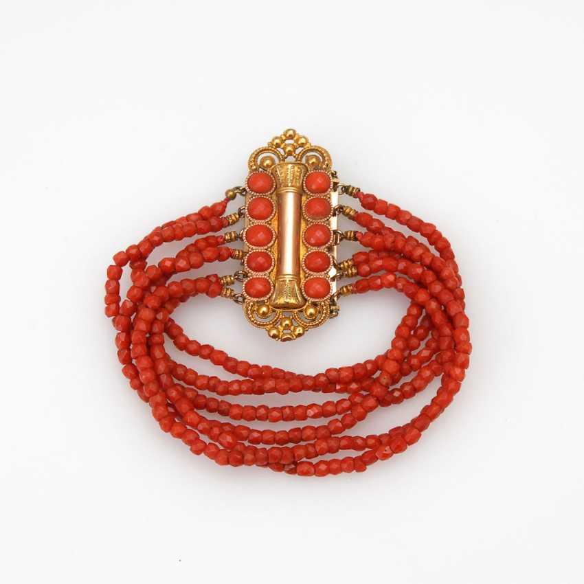 6-row coral bracelet with decorati - photo 1